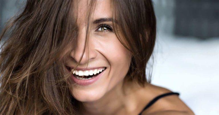 Bleaching für ein strahlendes Lächeln / Dr. Rüdiger Hansen, Zahnarzt München